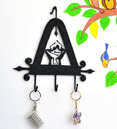 Chinhhari Arts Black Wrought Iron Triangle 3-Hook Durable Key Chain Holder