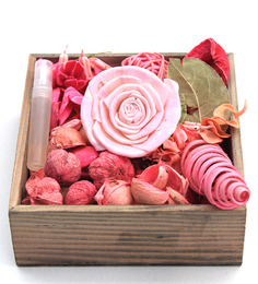 Deco Aro Rose Potpourri Wooden Box