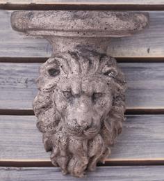 Earth Grey Polyresin Lion Bracket Wall Shelf