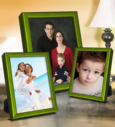 Elegant Arts And Frames Green Metal Photo Frame - Set Of 3