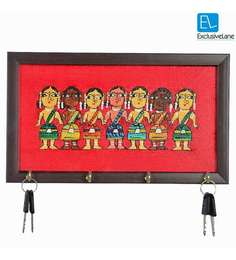 Exclusivelane Multicolour Acrylic & MDF Canvas Hand painted Tribal Ladies Key Holder