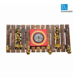 Exclusivelane Brown Mango Wood & Brass Dhokra & Warli Art Handpanited Key Holder with Ghungroo