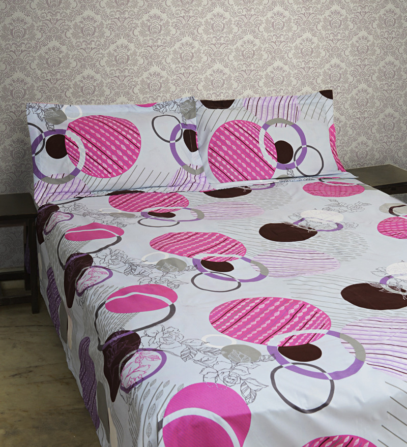 Save Rs 342 on Double Bed Sheet Set from Pepperfry - 38% Off