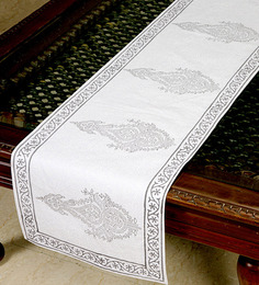 Jodhaa Floral & Paisley White & Grey Cotton Table Runner