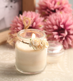 Resonance Vanilla Aroma Scented Natural Wax Decorative Jar Candle