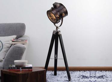 Floor Tripod Lamps