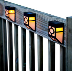 Quace Solar LED Outdoor Wall Light
